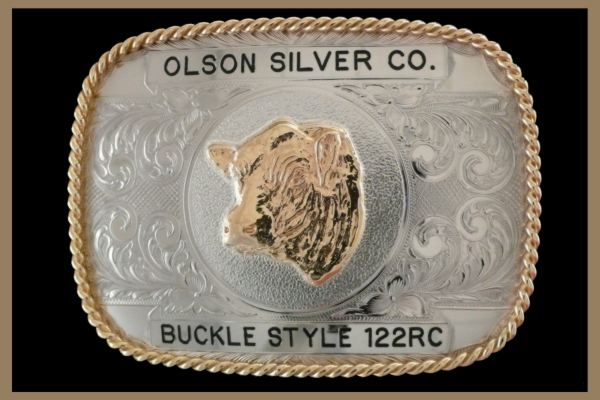 Custom belt buckle square shaped with black letters
