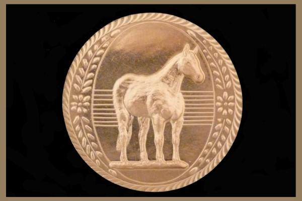 Standing Quarter Horse Medallion